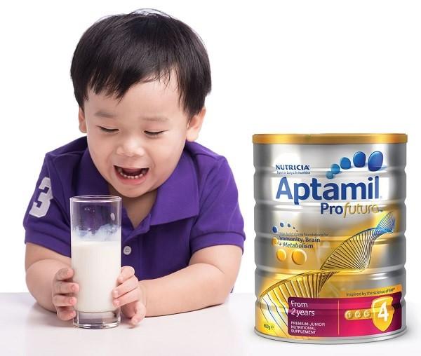 sữa tốt cho bé 2 tuổi