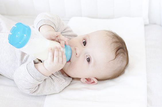 mẹo chọn sữa tăng cân cho bé