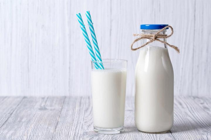 Bà bầu uống sữa tươi không đường có tốt không