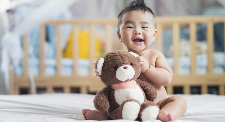 sự phát triển của trẻ 5 tháng tuổi